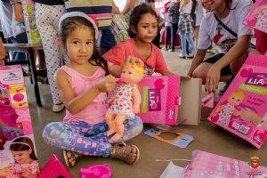 Fotos: Entrega de presentes - Braganceiro