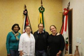 NOVA CAMPINA RECEBE VISITA DE PROFESSORAS NORTE AMERICANAS