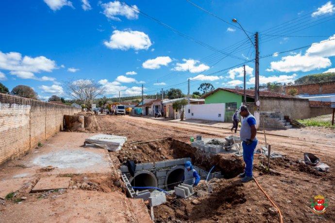 Obras de construção de galerias de águas pluviais são iniciadas com recursos do FEHIDRO