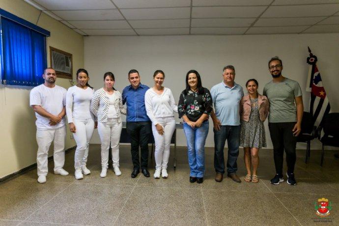 Prefeita Josi dá posse a novos servidores da Saúde