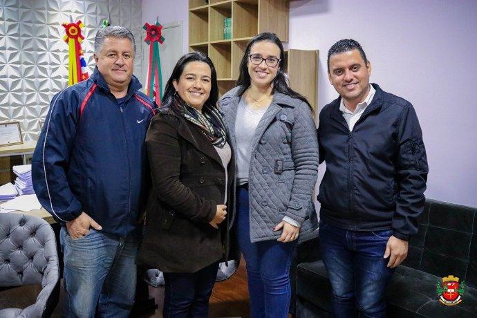 Prefeitura contrata mais uma dentista para atender nas Unidades de Saúde do município