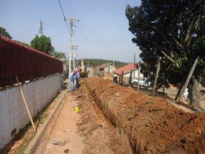 Iniciadas as obras de implantação de rede de água potável no Barreiro.