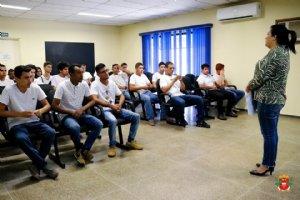 Fotos: Jovens participam de solenidade de dispensa militar