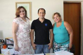 Prefeito trata de assuntos relacionados a abertura de fábrica no município.