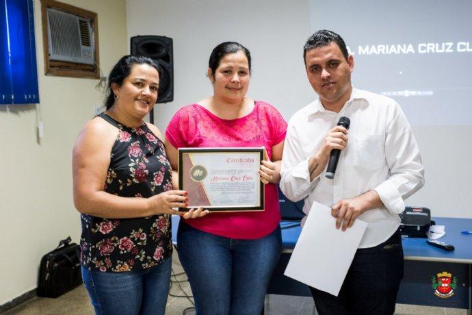 Servidores da Secretaria de Saúde se despedem da Dra. Mariana