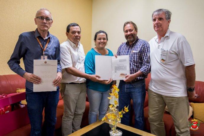 Município renova convênio com ITESP para continuar com regularizações fundiárias