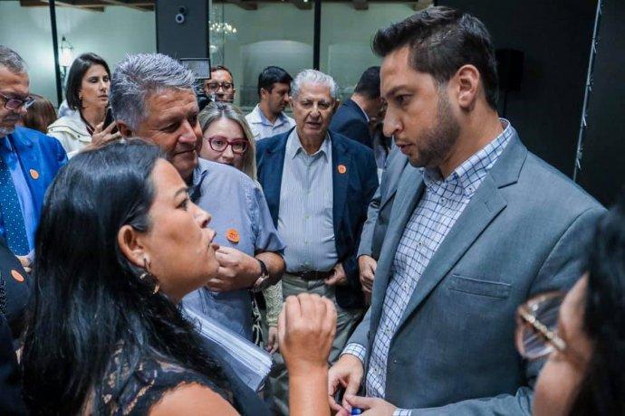 Prefeita Josi solicita ajuda do governo estadual para realizar melhorias na vicinal