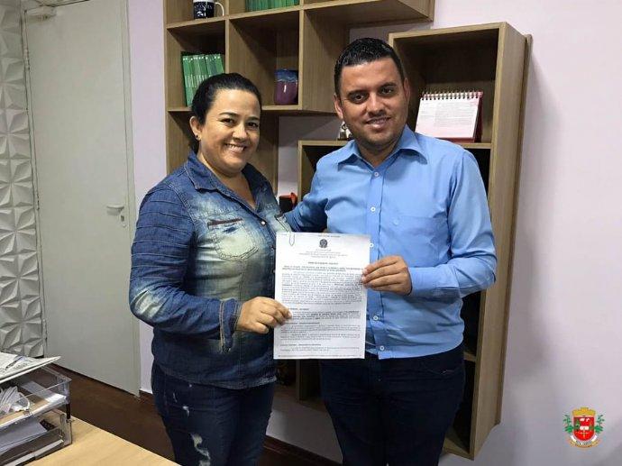 Prefeitura assina Termo de Doação e aguarda do Ministério da Saúde o envio da ambulância para o SAMU