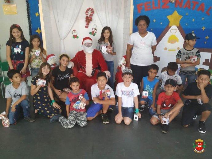 Escola João Antonio promove confraternização de final de ano para os alunos