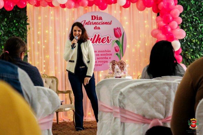 CRAS promove evento em comemoração ao Dia Internacional da Mulher