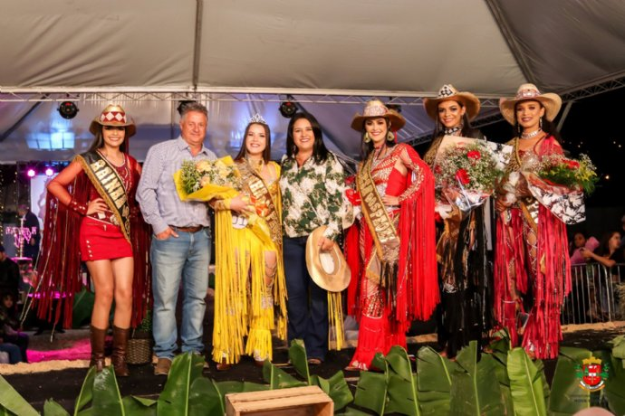 Conheça as ganhadoras do Baile da Escolha da Rainha do Rodeio 2020