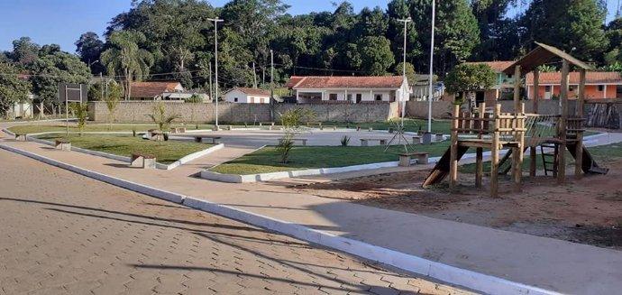 Distrito de Itaoca ganha praça