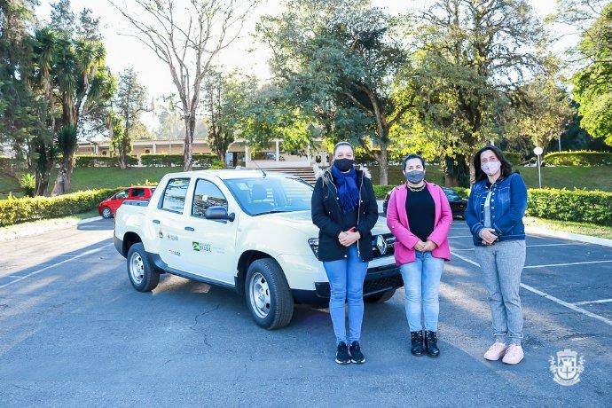 Prefeitura adquire novo veículo para a ampliação dos serviços socioassistenciais