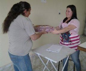 Fundo Social distribui cobertores em Nova Campina