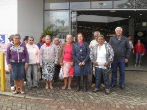 Grupo da Melhor Idade realizou passeio no Cofesa Max em Itapeva