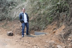 Prefeito visita estradas que estão sendo recuperadas.